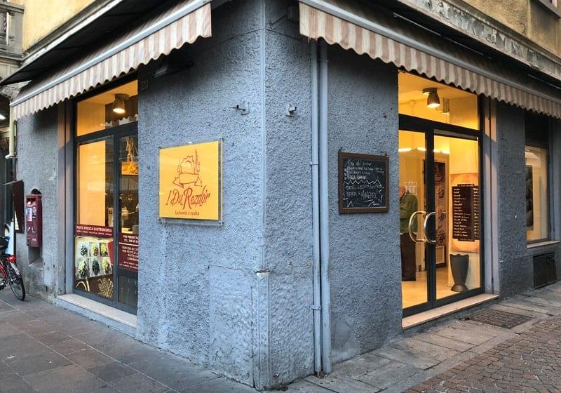 Il negozio de I Du Rezdor